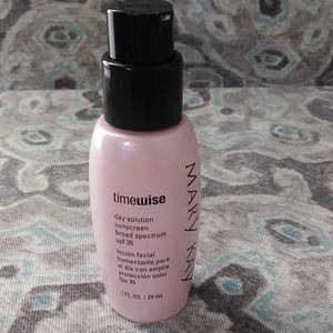Mary Kay TimeWise Day Solution Sunscreen